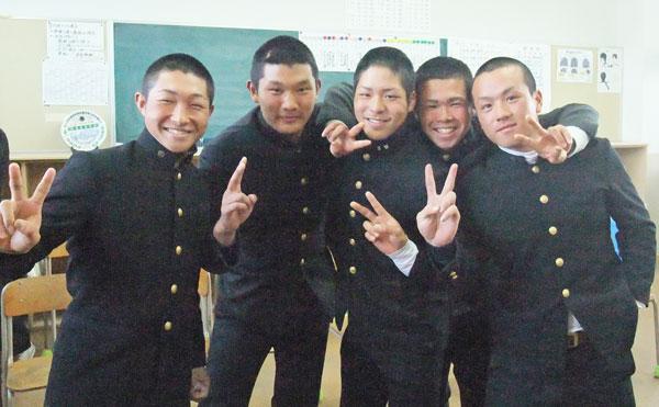 2015104関西高等学校 硬式野球部3年