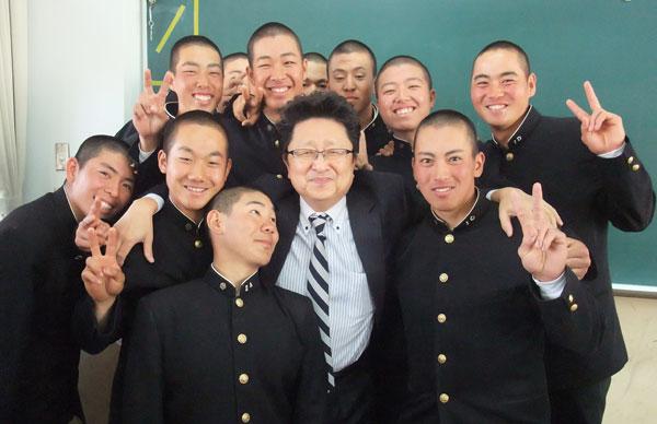 201306_関西高等学校 硬式野球部